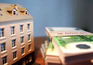 Как продать квартиру, если вы живете за границей. Как купить недвижимость за границей.