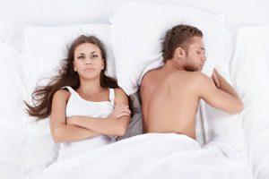 Почему муж не пристает ко мне, а у подруги другая проблема — не может от приставаний своего мужа отделаться.?