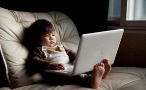 Как научить ребенка работать на компьютере?