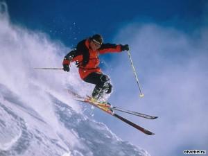 4375720154f0 Пожалуй, как лыжники и сноубордисты, зиму так никто не ждет! Когда как не в  снежное время можно испытать настоящий адреналин от спуска с горы на  бешеной ...