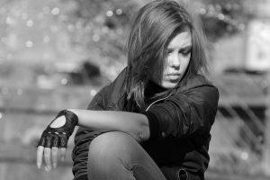 Отношения ужасные и нормальная девушка не стала бы такого терпеть. Что делать?
