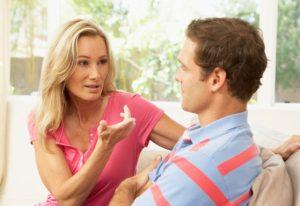 Почему мужчины перестают звонить, начинают хамить и сбегают?