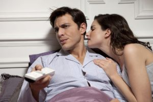 Как девушке заставить мужчину уважать себя?