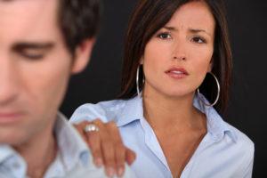 Как понять, что мужчина врет и обманывает женщину?