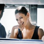 Как улучшить отношения с мужчинами? Защитите свою самооценку и отношения изменятся.