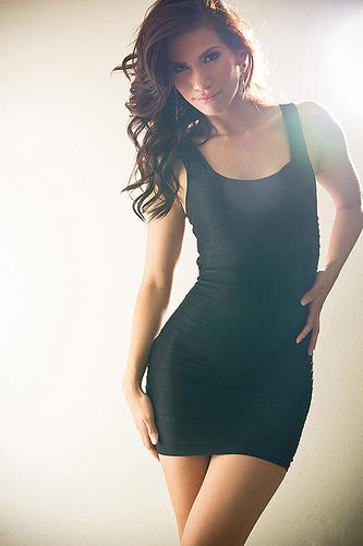 Черное платье вид сзади