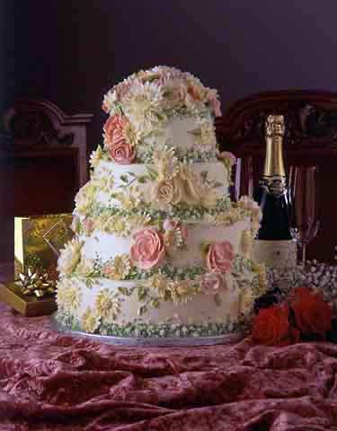 Свадебный торт на 60 человек сколько кг
